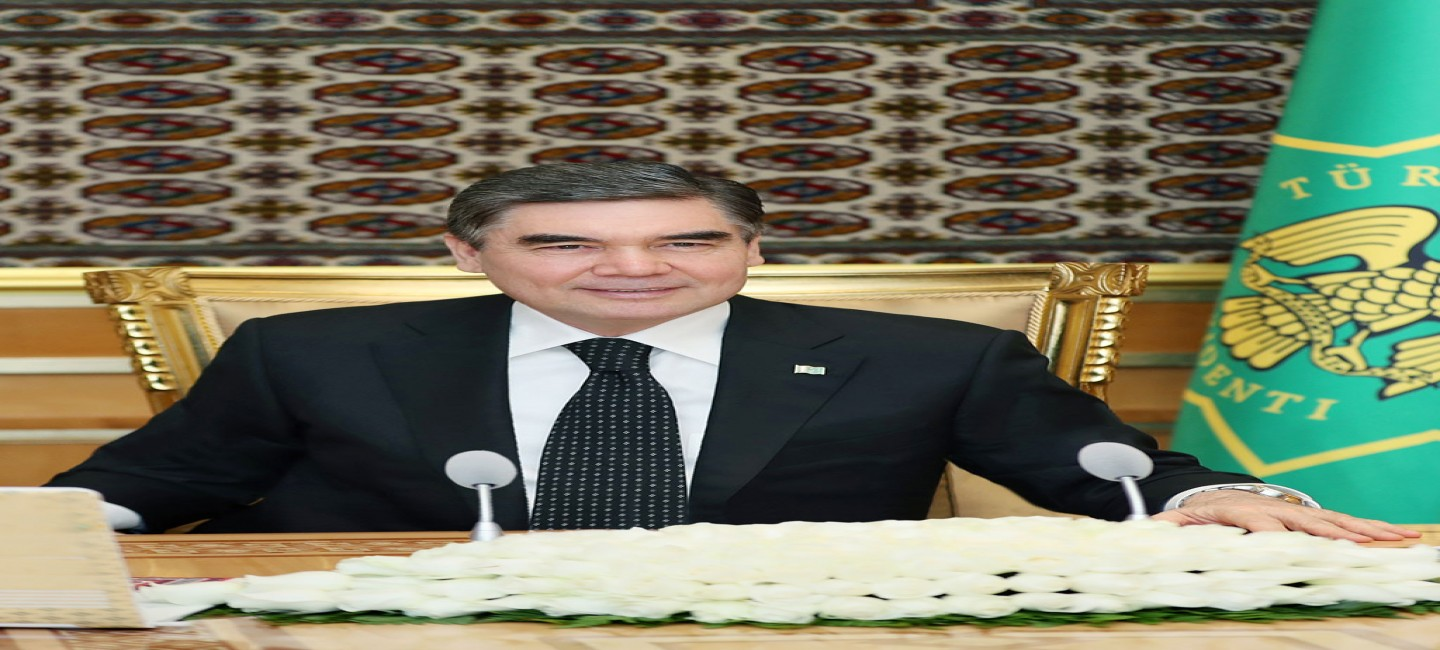 The President of Turkmenistan congratulates diplomatic personnel on professional holiday