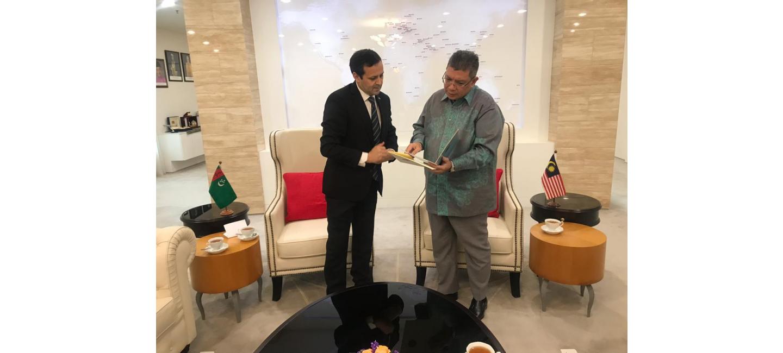 Türkmenistanyň Malaýziýadaky Ilçisiniň we Malaýziýanyň Daşary işler ministriniň arasynda hoşamaýlyk duşuşygy geçirildi